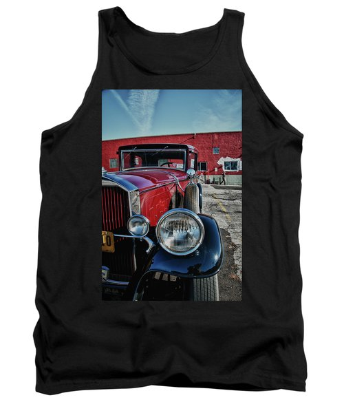 Tank Top featuring the photograph 1931 Pierce Arow 3473 by Guy Whiteley