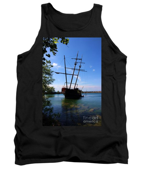 Abandoned Ship Tank Top by Al Bourassa