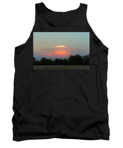Tank Top featuring the digital art Anvil Cloud Over Kirksville, Mo by Jana Russon