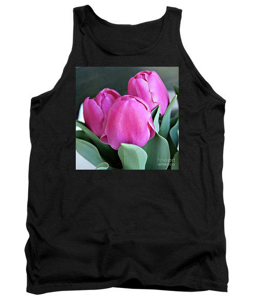 Beautiful Pink Lipstick Tank Top