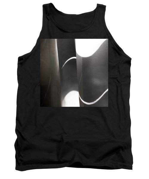 Curve Over Curve - Tank Top