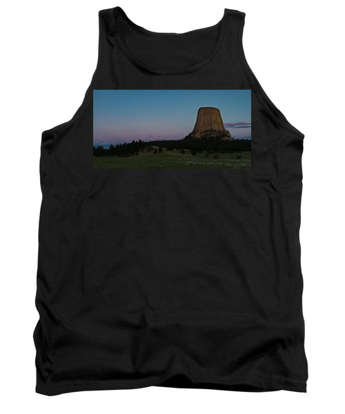 Tank Top featuring the photograph Devil's Tower At Dusk by Gary Lengyel