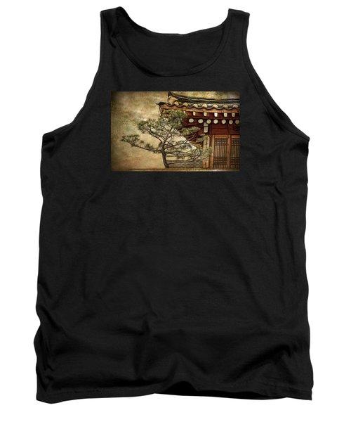 Hanok And Pine Tank Top