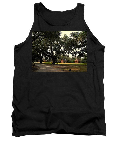 Historic Slave Houses At Boone Hall Plantation In Sc Tank Top