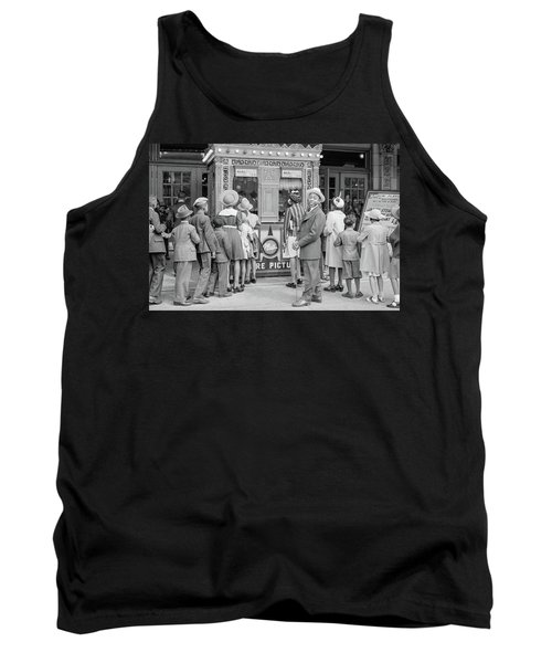 In Front Of A Movie Theater, Chicago, Illinois Tank Top