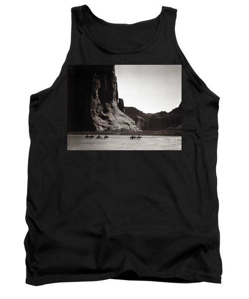 Navajos Canyon De Chelly, 1904 Tank Top