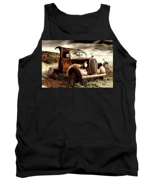 Old Ford Truck In Desert Tank Top