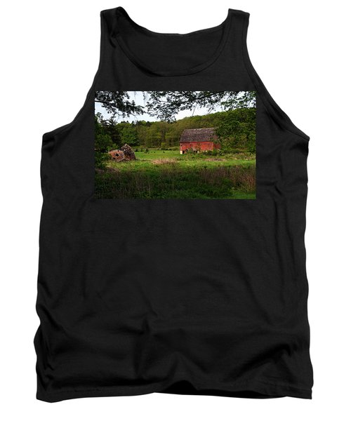 Old Red Barn 2 Tank Top