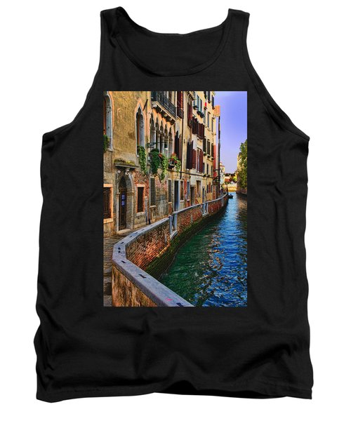On The Canal-venice Tank Top by Tom Prendergast