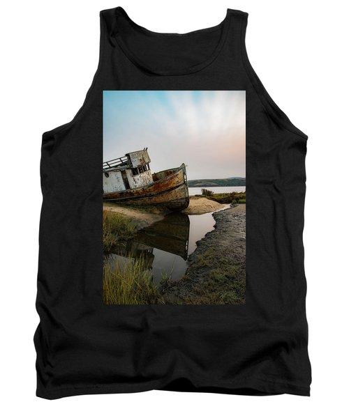 Pt. Reyes Shipwreck 4 Tank Top
