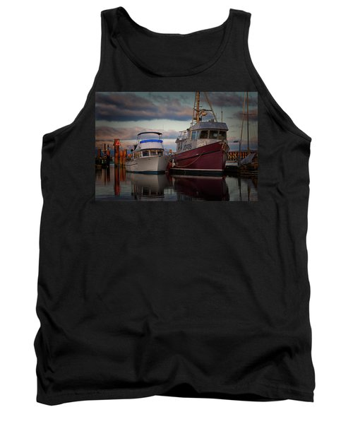 Tank Top featuring the photograph Sea Rake by Randy Hall