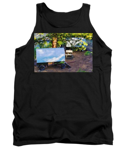 Sheep Wagons On Salmon River, Idaho Tank Top