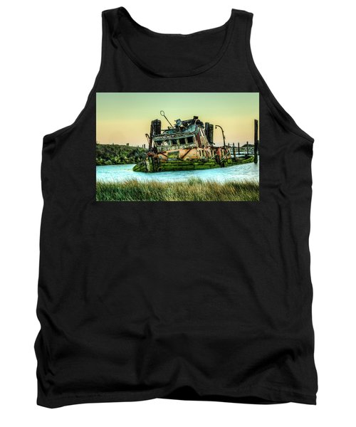 Shipwreck - Mary D. Hume Tank Top