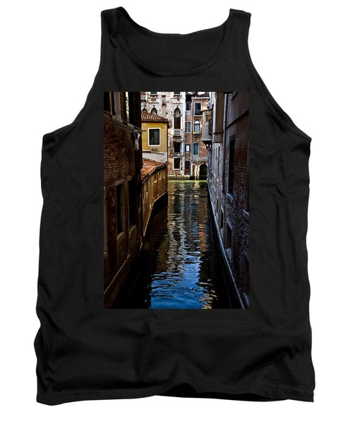 Side Canal Tank Top