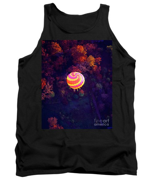 Spiral Colored Hot Air Balloon Over Fall Tree Tops Mchenry   Tank Top