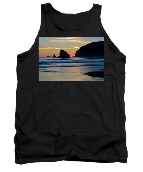 Limited Sleeveless Top - Falling for Leaves on Blk by VIDA VIDA Sale Low Cost Many Styles t85BEwCjdf