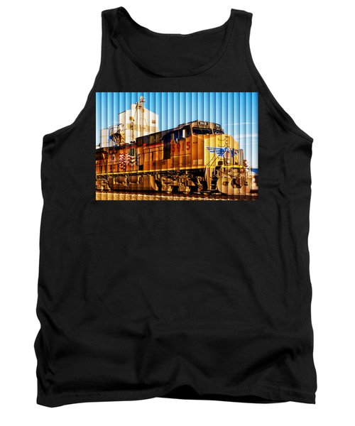 Tank Top featuring the photograph Up 5915 At Track Speed by Bill Kesler