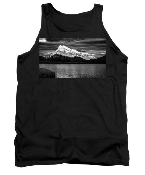 Vermillion Lakes And Mt Rundle Bw Tank Top
