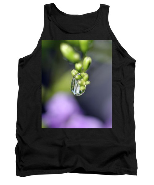 Water Droplet Iv Tank Top by Richard Rizzo