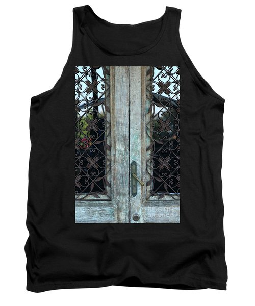 Capri Door Tank Top