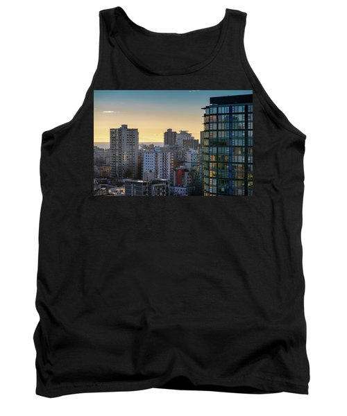 Dusky Hues Over The Pacific Tank Top