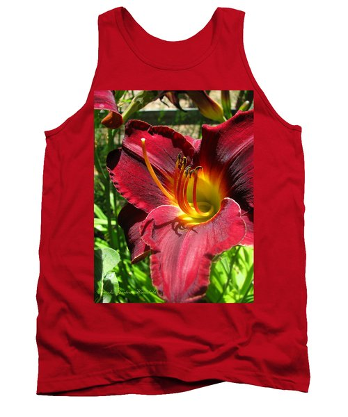 Tank Top featuring the photograph Pretty As A Picture by Brooks Garten Hauschild