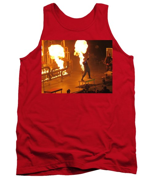 Red Heats Up Winterjam In Atlanta Tank Top
