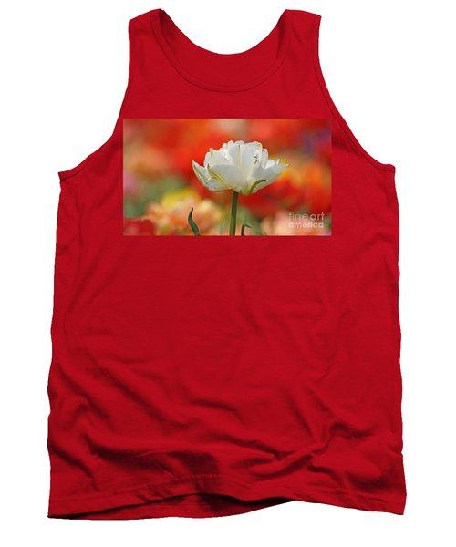 White Tulip Weisse Gefuellte Tulpe Tank Top