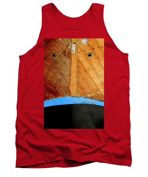 Tank Top featuring the photograph The Face by Pedro Cardona