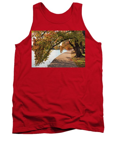 Autumn On The Tidal Basin Tank Top