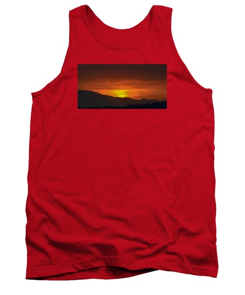 Tank Top featuring the photograph Going Down by Ronda Broatch
