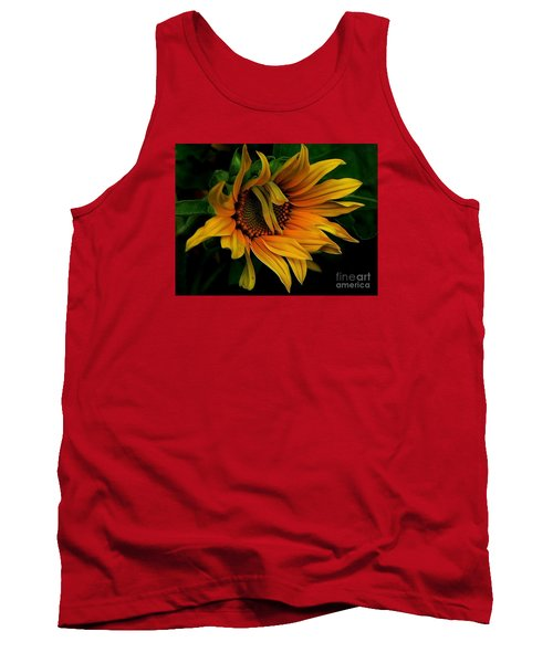 I Need A Comb Tank Top by Elfriede Fulda