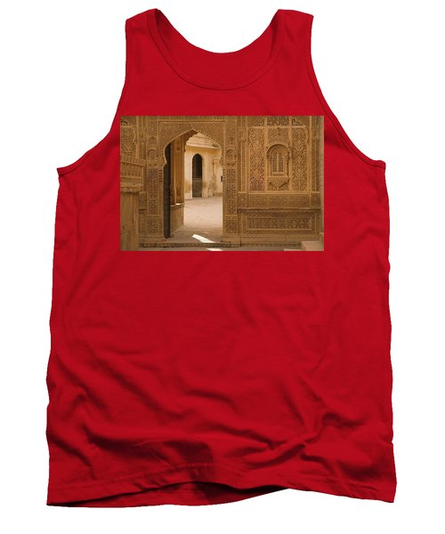Skn 1317 Threshold Of Carvings Tank Top