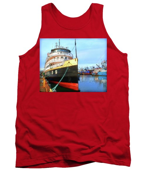 Tour Boat At Dock Tank Top by Tobeimean Peter