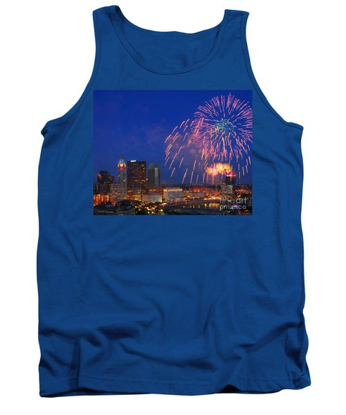 D21l-10 Red White And Boom Fireworks Display In Columbus Ohio Tank Top