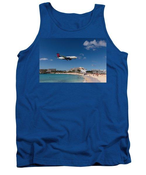Delta 737 St. Maarten Landing Tank Top