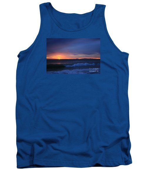 Last Ray Of Sunlight At Pt Mugu With Wave Tank Top by Ian Donley