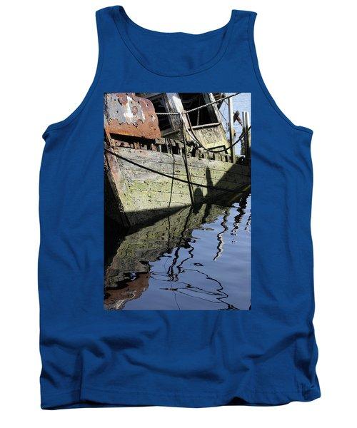 Half Sunk Boat Tank Top