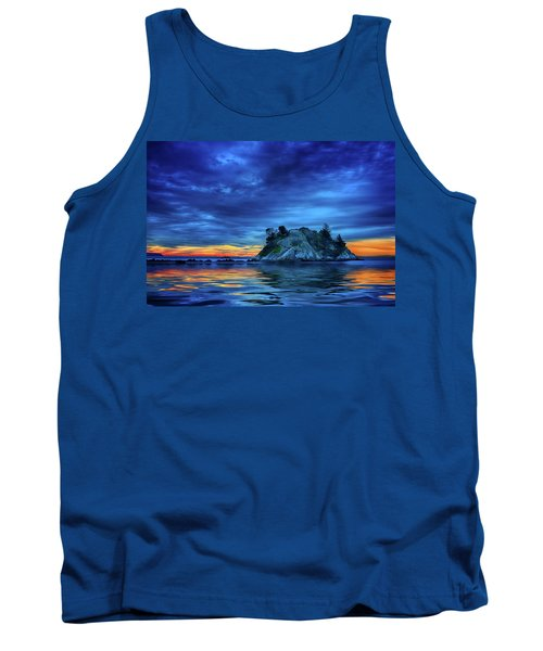 Tank Top featuring the photograph Pacific Sunset by John Poon