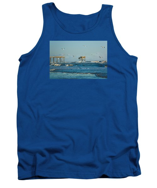 Wild Waves At Nags Head Tank Top