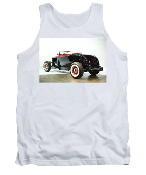 Tank Top featuring the photograph 1932 Ford Deuce Roadster by Gianfranco Weiss