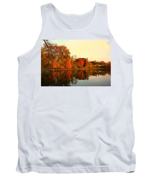 Shady Oak Lake  Tank Top