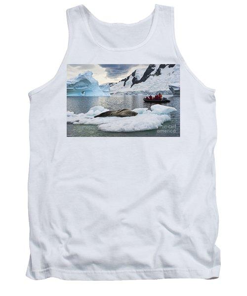 Antarctic Serenity... Tank Top