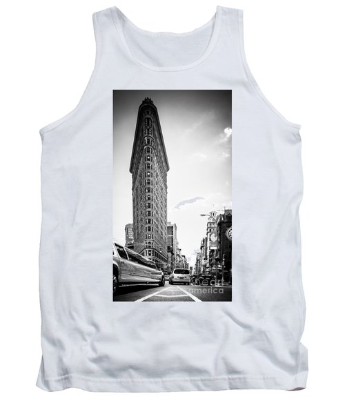 Big In The Big Apple - Bw Tank Top by Hannes Cmarits