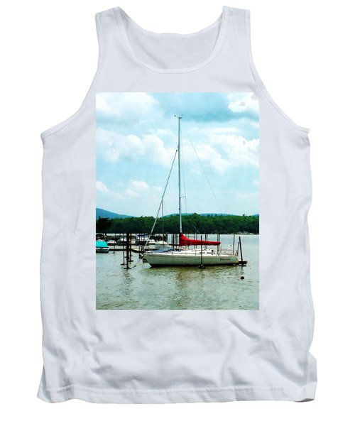 Docked On The Hudson River Tank Top by Susan Savad