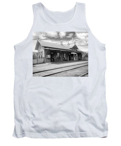 Garrison Train Station In Black And White Tank Top
