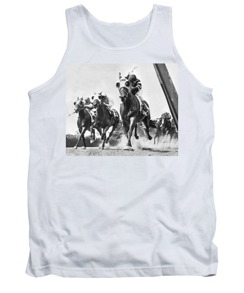 Horse Racing At Belmont Park Tank Top