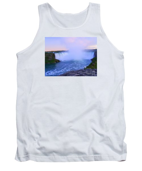 Horseshoe Falls Sunset In The Summer Tank Top by Lingfai Leung