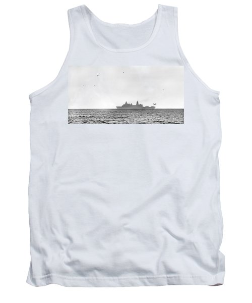 Landing On The Horizon Tank Top