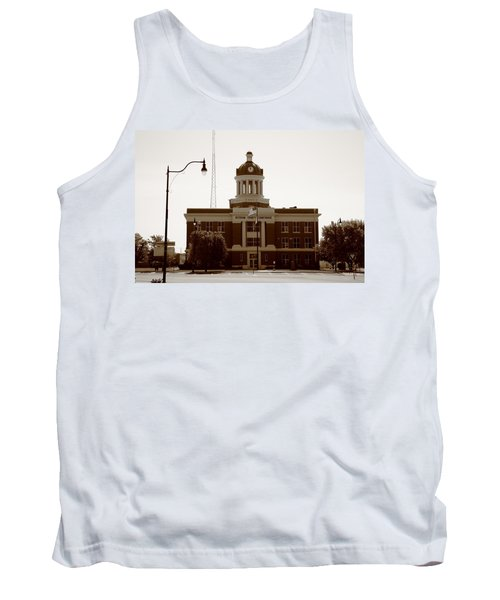Route 66 - Beckham County Courthouse Tank Top